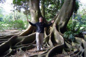Michael Kozubek author photo under a huge tree