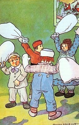 Raggedy Andy Pillow fight