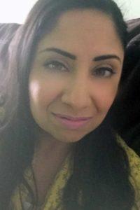 Kinza Yasar author photo